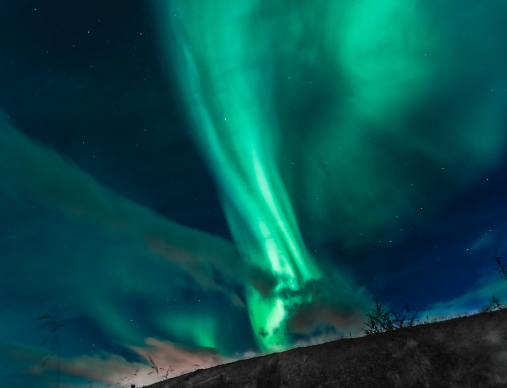 Where and How to Spot and Photograph the Northern Lights?